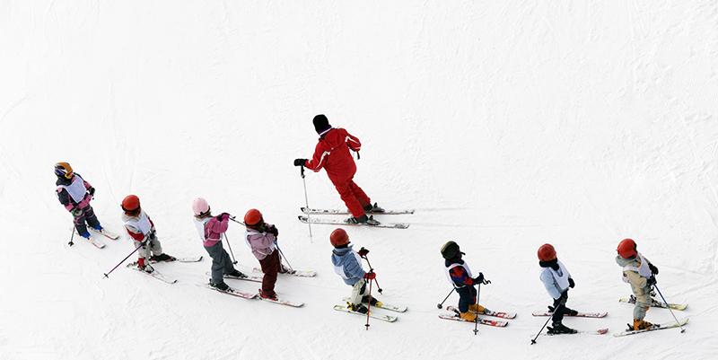 ski-with-kids-suitqais-diaries
